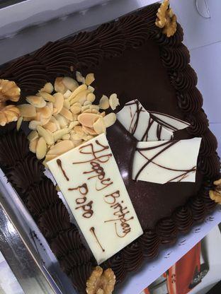 Foto - Makanan(The American Chocolate) di Mandarin Oriental Cake Shop - Mandarin Oriental Hotel oleh Kevin Suryadi