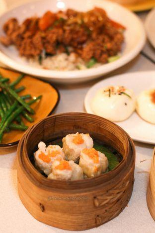 Foto 9 - Makanan di Ling Ling Dim Sum & Tea House oleh thehandsofcuisine