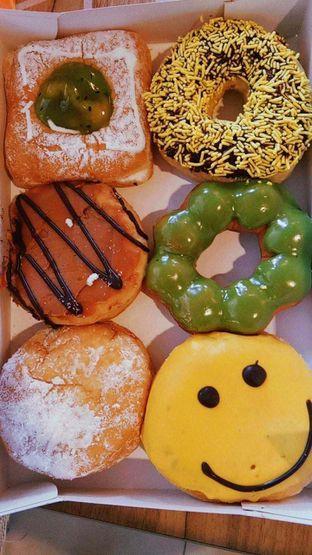 Foto 3 - Makanan di Dunkin' Donuts oleh duocicip