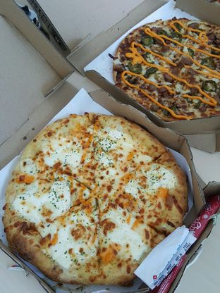 Foto 1 - Makanan di Domino's Pizza oleh Stallone Tjia (@Stallonation)