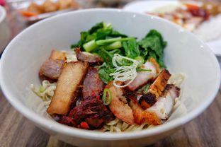 """Foto 3 - Makanan(Mie Babi Panggang) di Soto Mie """"AGIH"""" Sukabumi oleh Yuli"""