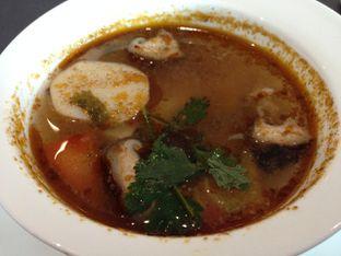 Foto 2 - Makanan di PASOLA - The Ritz Carlton Pacific Place oleh awakmutukangmakan