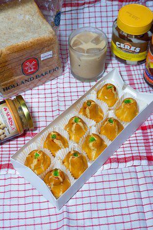 Foto review Holland Bakery oleh yudistira ishak abrar 7