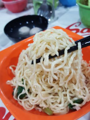 Foto 5 - Makanan di Mie Ayam Uban oleh Stallone Tjia (@Stallonation)