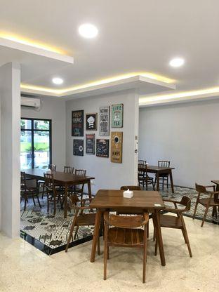 Foto 22 - Interior di de'CLAN Resto & Cafe oleh Prido ZH