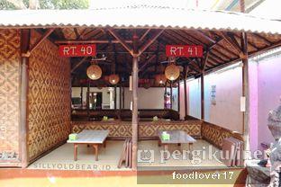 Foto 14 - Interior di Rumah Makan Kampung Kecil oleh Sillyoldbear.id