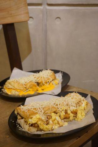 Foto review Kedai Roti Bule oleh Prido ZH 1