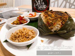 Foto 1 - Makanan(Nasi Bakar) di Salt & Sugar Cafe and Bistro oleh Prita Hayuning Dias