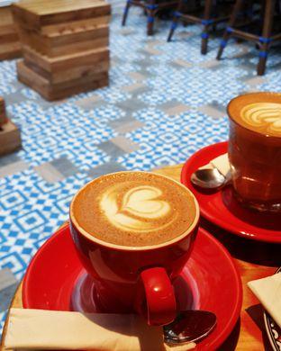Foto 1 - Makanan(Cappuccino) di Giyanti Coffee Roastery oleh Claudia @claudisfoodjournal