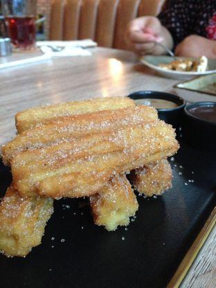 Foto 6 - Makanan(Churros Con Dulce De Leche) di Sudestada oleh awakmutukangmakan