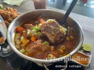 Foto 1 - Makanan di Istana Nelayan - Istana Nelayan Hotel oleh Debora Setopo
