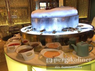 Foto 5 - Makanan di The Cafe - Hotel Mulia oleh Ria Tumimomor