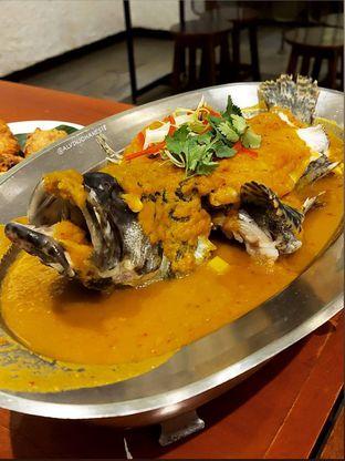 Foto 12 - Makanan(Ikan Kerapu Macan Tim Nyonya) di Live Seafood Cabe Ijo oleh Alvin Johanes