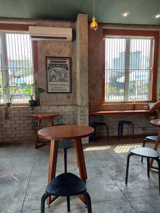 Foto 8 - Interior di Roast Coffee oleh Mouthgasm.jkt