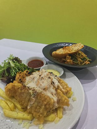 Foto 3 - Makanan di Tjarani Cafe oleh @qluvfood