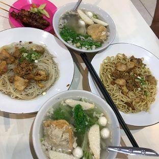 Foto 3 - Makanan di Bakmi Ahiung Khas Jambi oleh Pengembara Rasa