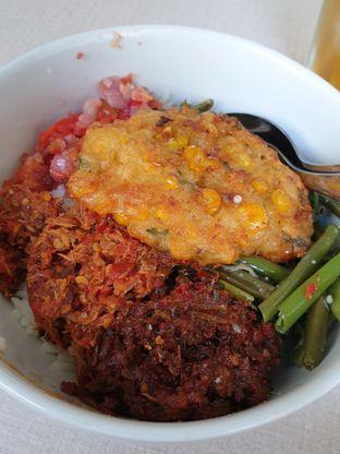Foto 5 - Makanan di Warong Sombar oleh imanuel arnold