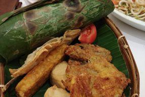 Foto Fusia Rajanya Nasi Timbel