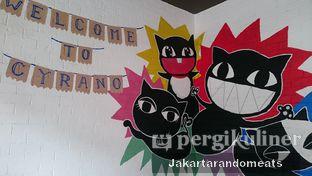 Foto 9 - Interior di Cyrano Cafe oleh Jakartarandomeats