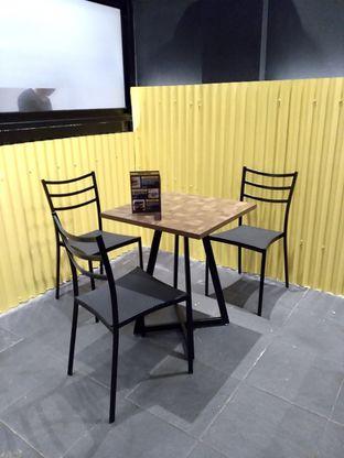 Foto 1 - Interior di FIX Burger oleh Prido ZH