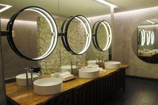 Foto 10 - Interior(sanitize(image.caption)) di Little Collins oleh Novita Purnamasari
