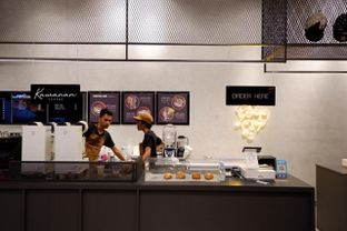 Foto 6 - Interior di Kawanan Coffee oleh yudistira ishak abrar