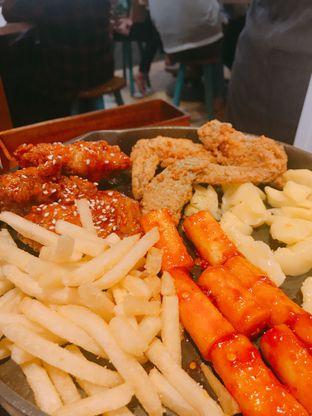 Foto 2 - Makanan di Chingu Korean Fan Cafe oleh Kunanju Oktagiantika