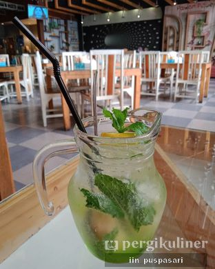 Foto 1 - Makanan(Mojito Lychee) di Pawon Pitoe Cafe oleh Iin Puspasari