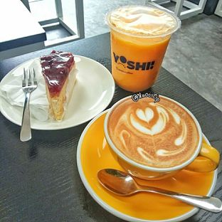 Foto 2 - Makanan di Yoshi! Coffee oleh duocicip