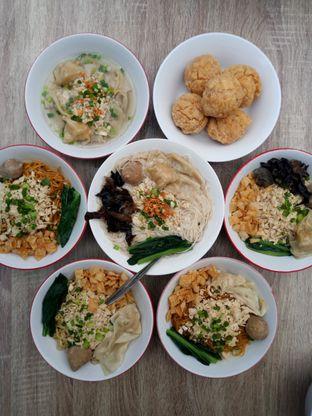 Foto 1 - Makanan di Bakmie Tjap Ayam oleh Chris Chan