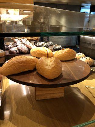 Foto 6 - Makanan di Francis Artisan Bakery oleh Nanakoot