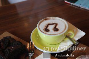 Foto 10 - Makanan di Doppio Coffee oleh AndaraNila