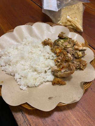 Foto - Makanan di Ayam Geprek Crisbar oleh hokahemattiga