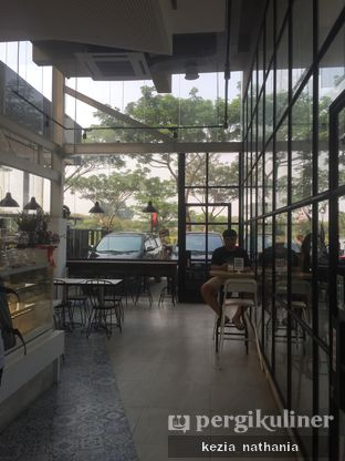 Foto 5 - Interior di JnF Coffee & Eatery oleh Kezia Nathania