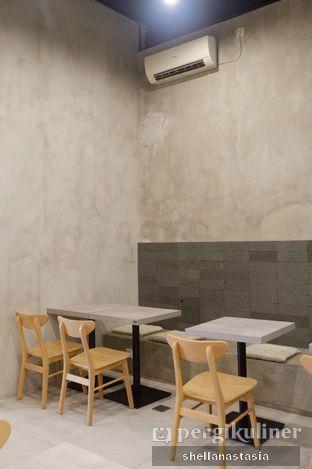 Foto 9 - Interior di Toebox Coffee oleh Shella Anastasia