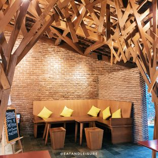 Foto 6 - Interior di WPK (Warung Pengepul Kayu) oleh Eat and Leisure