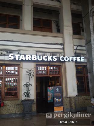 Foto 1 - Eksterior di Starbucks Coffee oleh UrsAndNic