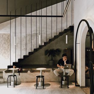 Foto 1 - Interior di Kopikalyan oleh Della Ayu