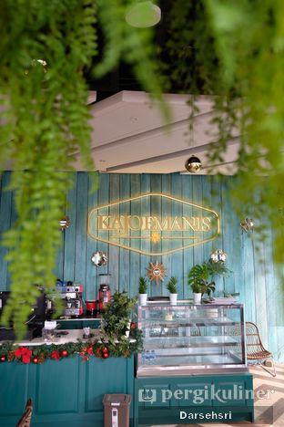 Foto 14 - Interior di KAJOEMANIS oleh Darsehsri Handayani