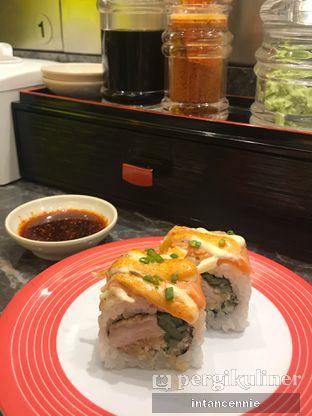 Foto 11 - Makanan di Sushi Go! oleh bataLKurus