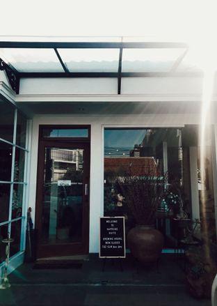 Foto 6 - Eksterior di Caffeine Suite oleh Margaretha Helena #Marufnbstory