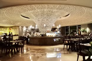 Foto 37 - Interior di The Cafe - Hotel Mulia oleh Andrika Nadia