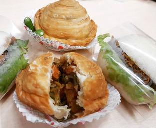 Foto 2 - Makanan di Strawberry Pastel Ufo oleh Mitha Komala