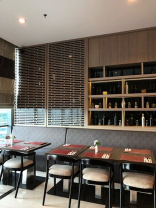 Foto 16 - Interior di Canting Restaurant - Teraskita Hotel managed by Dafam oleh Mitha Komala
