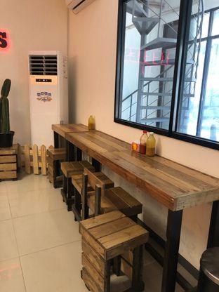Foto 9 - Interior di BIGGIES BBQ oleh FebTasty  (Feb & Mora)