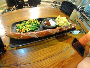 Foto - Makanan di Sausage and Drinks House oleh Irine