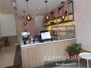 Foto 5 - Interior di Lala Coffee & Donuts oleh Sillyoldbear.id