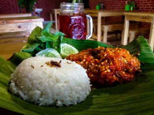 Foto review Ayam Jotos - Depot Bu Tresno oleh Wisnu Narendratama 7