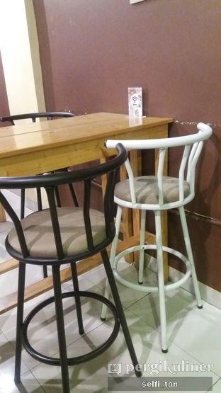 Foto 8 - Interior di Logika Coffee oleh Selfi Tan