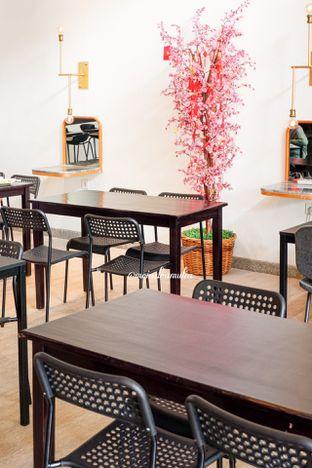 Foto 16 - Interior di 8th Bean Cafe oleh Indra Mulia